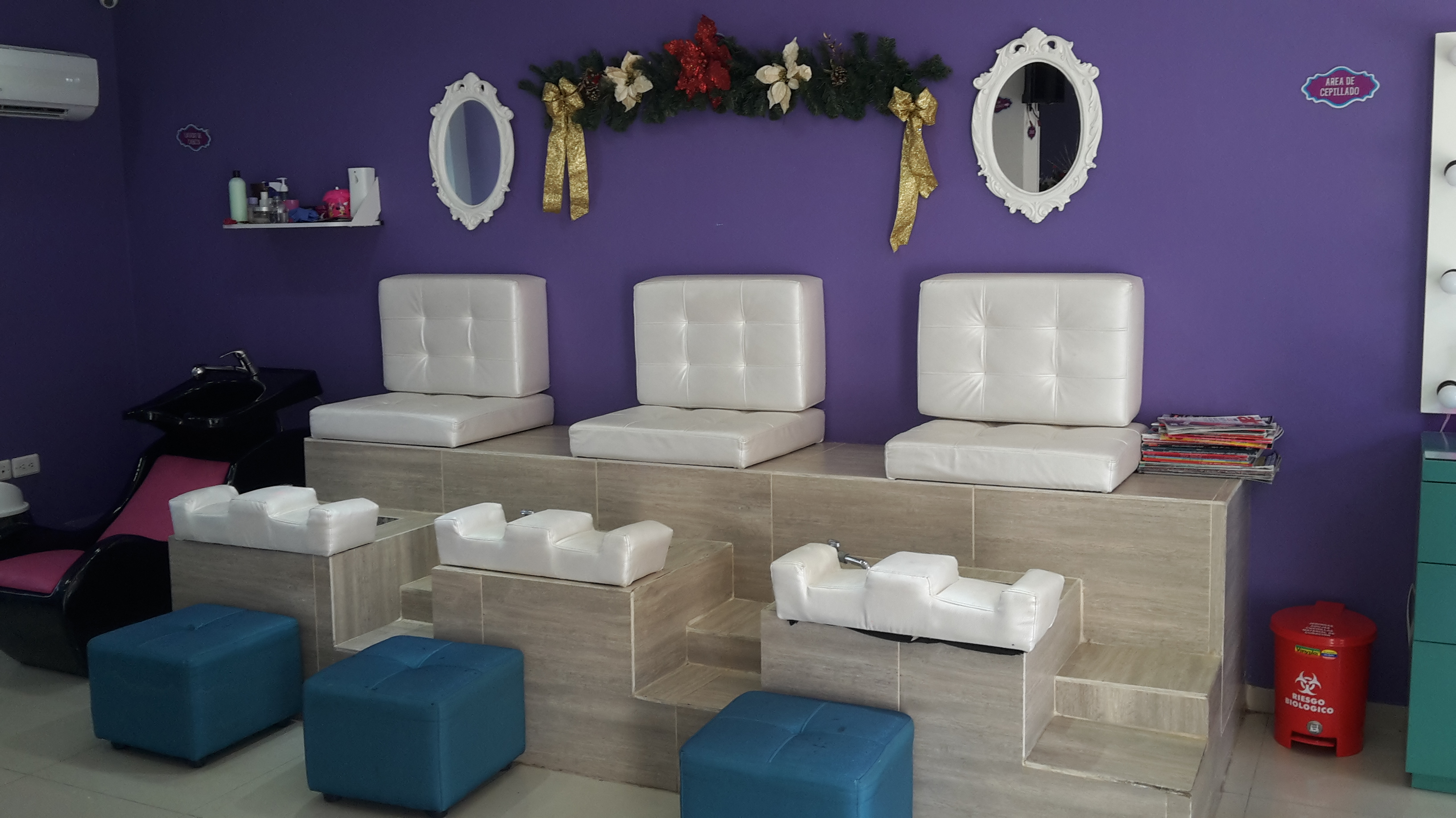 Blueberry Nail Bar & Spa