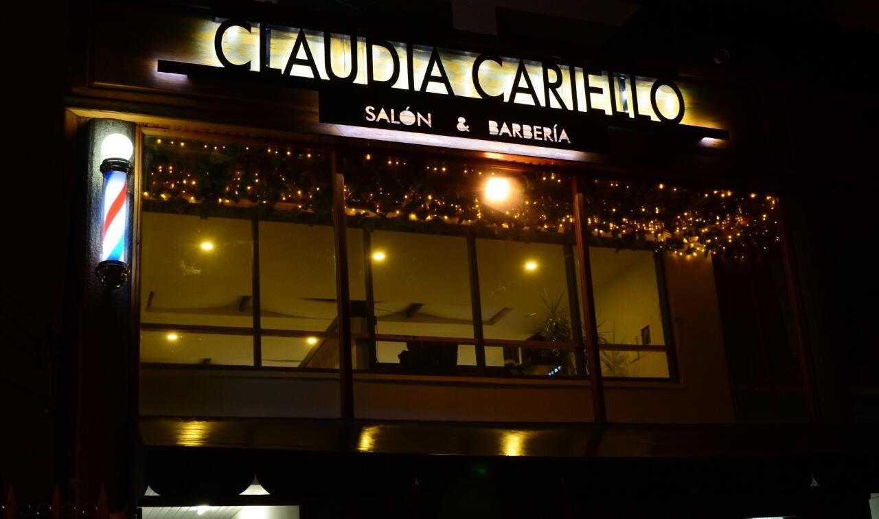 Claudia Cariello Salón & Barbería